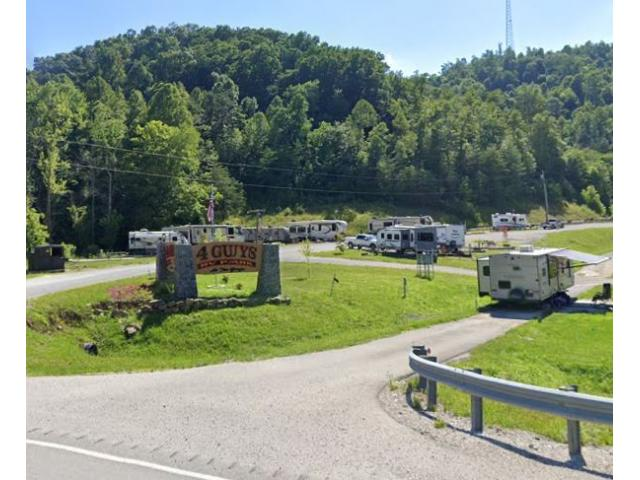 4 Guys RV Park at the Gorge